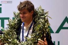 Carlsen beats Anand in Game 11, retains World Chess Championship title