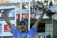 Bishan Singh Bedi not pleased with Ganguly taking his shirt off at Lord's