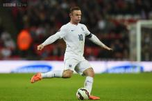 Wayne Rooney joins Jimmy Greaves on 44 goals with penalty against Slovenia