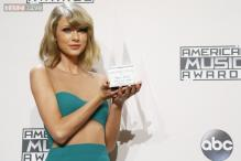 Taylor Swift receives the first Dick Clark Award For excellence at the 2014 AMAs