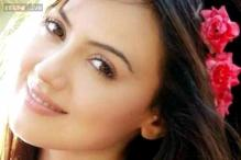 Woman who cheated actress Sana Khan in police custody