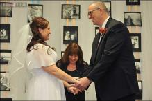 Detroit-area couple who met in weight loss support group marries after shedding 380 pounds