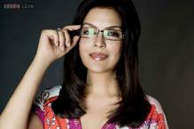 Zeenat Aman: I now want to settle down with someone