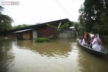160,000 Malaysians displaced by worst-ever floods