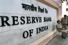RBI keeps interest rates unchanged at 8.0 per cent, mantains focus on containing inflation