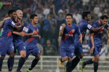 ISL: Mumbai City FC pip Atletico de Kolkata 2-1 to keep semis hopes alive