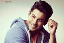 Will judge Karan Johar's acting skills in 'Bombay Velvet': Siddharth Shukla doesn't want to assess his acting potential in 'DDLJ'