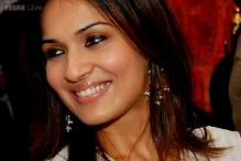 Rajnikanth to become a grandfather again; daughter Soundarya pregnant