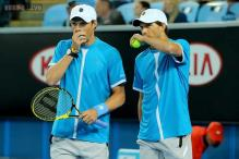 Bryan brothers out in 3rd round of Australian Open doubles