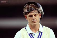 Cricket tragedy averted, lucky Hughes survives blow to head