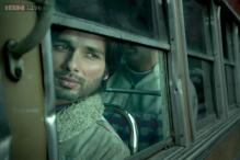 'Haider', 'Queen' win top honours at Screen Awards, Priyanka Chopra adjudged best actress