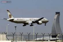 Etihad passengers complain of 12-hour wait on tarmac