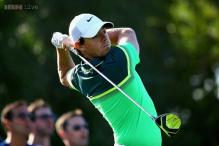 Rory McIlroy magic puts No. 1 in contention in Abu Dhabi