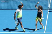 Paes-Hingis storm into Aussie Open mixed doubles final, Sania-Soares bow out