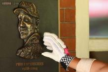 Late batsman Phillip Hughes' plaque unveiled at SCG