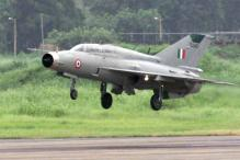 Gujarat: MiG-21 crashes near Jamnagar, pilot safe