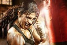 Priyanka Chopra wins best actress award for 'Mary Kom', dedicates it to her late father