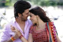 Riteish clocks 12 years in film industry