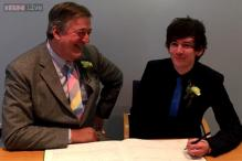 Actor Stephen Fry ties the knot with partner Elliott Spencer