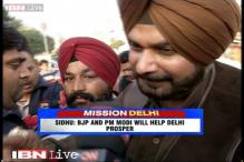 Kejriwal is a boat in which you will drown: Navjot Singh Siddhu