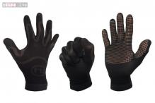 FLUX: Smart gloves with built-in climate control