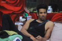 Bigg Boss 8: Upen Patel leaves the house in mid-week eviction