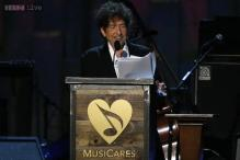 Bob Dylan chronicles roots of his music at gala in his honor