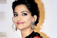 Sonam Kapoor to wear Anamika Khanna's designs, mother Sunita's jewellery in 'Prem Ratan Dhan Payo'