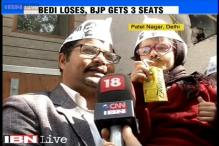 Girl dressed up as Kejriwal becomes cynosure of AAP during victory celebrations