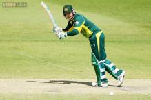 Australia's Michael Clarke bats, bowls as comeback gathers pace