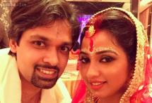 Photo of the day: Shreya Ghoshal ties the knot with childhood sweetheart Shiladitya