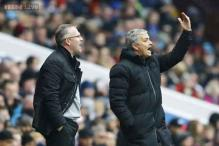 Seven-point lead means nothing in England, says Jose Mourinho