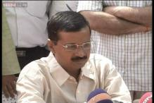 Kejriwal visits Delhi Police headquarter, gives suggestions for better policing