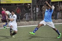 Photos: Ranbir Kapoor, Arjun Kapoor play Football match with Mumbai cops