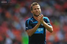 Midfielder Cabaye included in PSG squad to face Chelsea