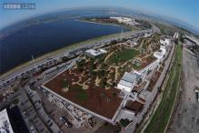 Facebook moves into new headquarters with rooftop park and 'largest open floor plan in the world'