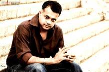 'Yennai Arindhaal' director Gautham Vasudev Menon's next film titled 'Achcham Yenbadhu Madamaiyada'