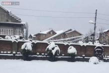 In pics: Heavy snowfall in Srinagar, Jammu-Srinagar National Highway shut