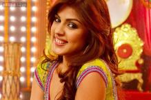 Rhea Chakraborty to endorse online fashion brand