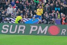 Neymar, Willian shine as Brazil beat France 3-1