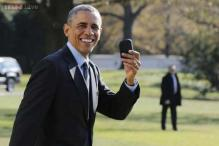 Barack Obama says doesn't text, tweet, or have a smart phone that records