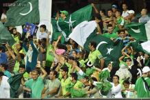 Angry Pakistan fans smash TVs, stage mock funeral after team's WC ouster