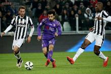 Mohamed Salah leads Fiorentina to 2-1 win at Juventus in Italian Cup semis