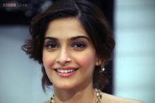 Sonam Kapoor discharged from hospital