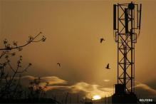 Spectrum auction kitty rises to Rs 1.07 lakh crore