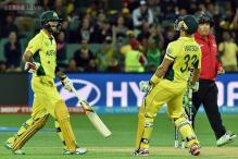 World Cup 2015: Australia oust Pakistan to set up India semi-final