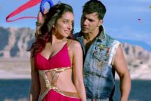 'ABCD 2' first stills: Varun Dhawan and Shraddha Kapoor put on their dancing shoes to impress viewers