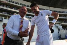 James Anderson breaks Ian Botham's record