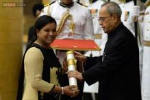 Hockey star Saba Anjum receives Padma Shri