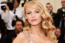 Blake Lively reveals that not having a personal stylist has helped her being friends with designers